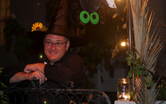 Thomas Warren of Hillary Street waits for trick-or-treaters in 2010. (UptownMessenger.com file photo by Sabree Hill)