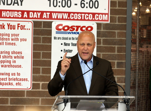 Mayor Mitch Landrieu speaks during the grand opening of Costco. (Robert Morris, UptownMessenger.com)