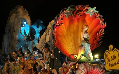 """The Hermes """"1969: The Little Mermaid"""" float. (Robert Morris, UptownMessenger.com)"""