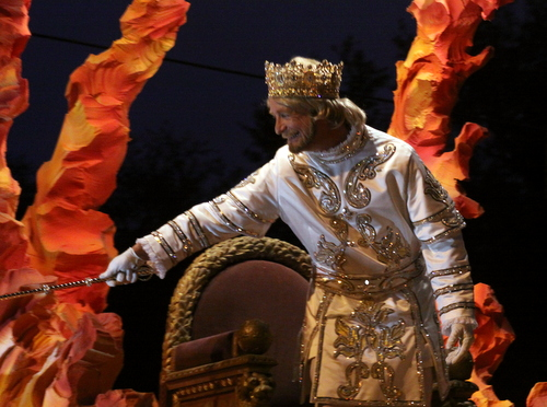 The King of Hermes rolls on Napoleon Avenue. (Robert Morris, UptownMessenger.com)
