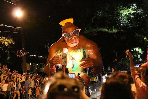 """The Bacchus """"Queen Kong"""" float. (Zach Brien, UptownMessenger.com)"""