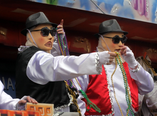 """Riders on the Thoth """"West Side Story"""" float. (Robert Morris, UptownMessenger.com)"""