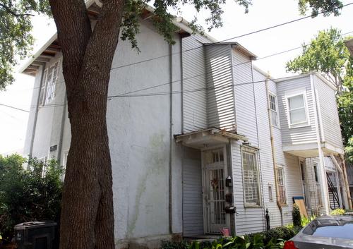 1202 Marengo Street. (Robert Morris, UptownMessenger.com)