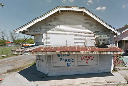 An April 2014 image of the building at 8837 Willow, slated for redevelopment into the Carrollton Commissary commercial kitchen. (via Google Maps)