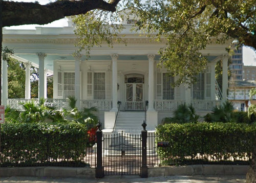 The Magnolia Mansion at 2127 Prytania Street. (via Google Maps)