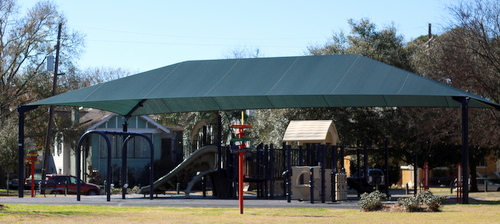 The shade structure at Palmer Park. (Robert Morris, UptownMessenger.com)