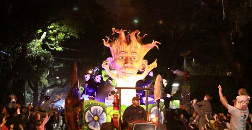 "The Druids' ""Tree of Life"" float. (Robert Morris, UptownMessenger.com)"