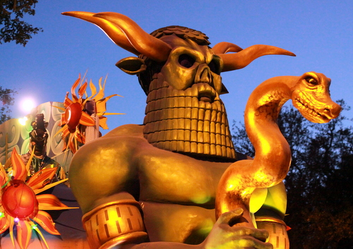 "The Babylon ""Baal"" float looms over Napoleon Avenue at dusk. (Robert Morris, UptownMessenger.com)"