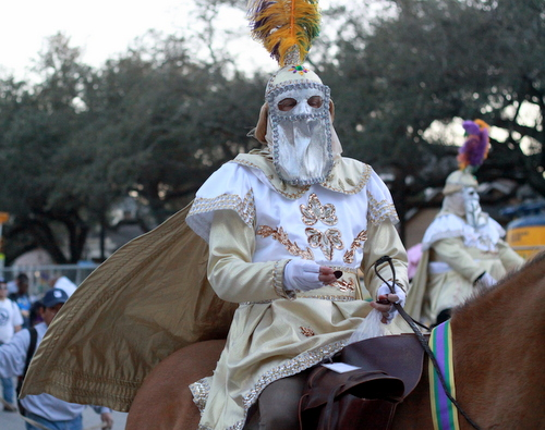 The Knights of Babylon parade up Napoleon Avenue on horseback. (Robert Morris, UptownMessenger.com)
