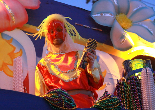 "A rider on the Babylon ""Samashu"" float. (Robert Morris, UptownMessenger.com)"