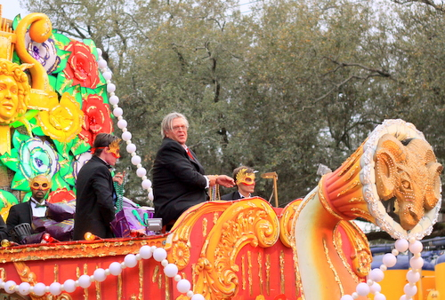 Comedian Ron White rolls in the Krewe of Orpheus. (Robert Morris, UptownMessenger.com)