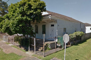 A May 2014 view of the same house from Google Maps. (via google.com)