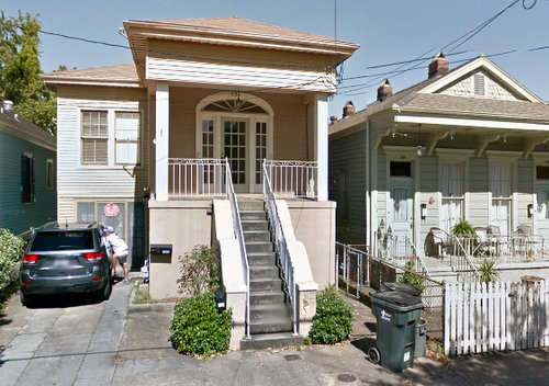 The house at 536 Octavia Street, photographed in May 2014 (via Google Maps).