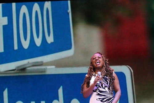 Ledisi performs during the Katrina 10 commemoration at the Smoothie King Center on Saturday. (Zach Brien, UptownMessenger.com)