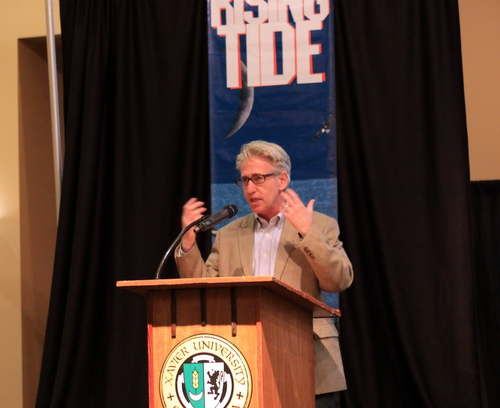 Author Gary Rivlin speaks at Rising Tide X. (Robert Morris, UptownMessenger.com)