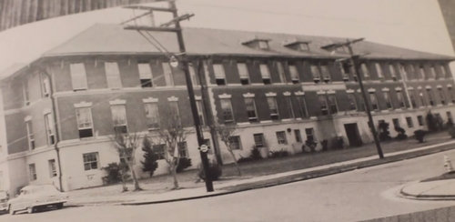 An undated photograph of the original Walter L. Cohen High School building was featured in a documentary video on YouTube about the school's alumni.  (via wlcohenalumniassoc.org)