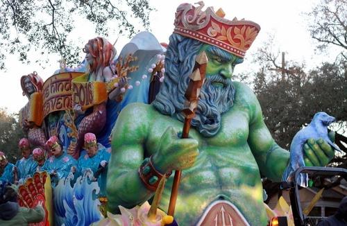"The title float, ""The Hindu Heavens,"" in the Krewe of Proteus rolls on Napoleon Avenue. (Robert Morris, UptownMessenger.com)"