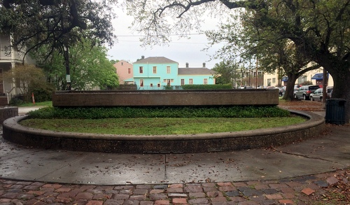 The LaFon fountain in its current state. (photo by Kara Mattini, courtesy of Coliseum Square Association)