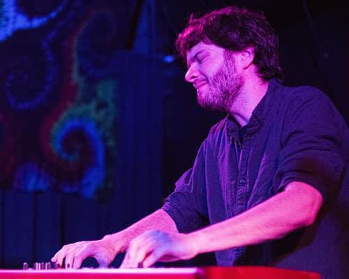 Steve Malinowski performs with Cha Wa at the Blue Nile bar. Malinowski passed away on June 17. (Zach Brien, UptownMessenger.com)