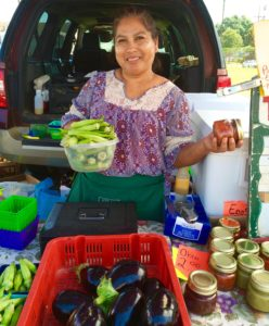Isabel Mendez's Produce and Salsas (Kristine Froeba)