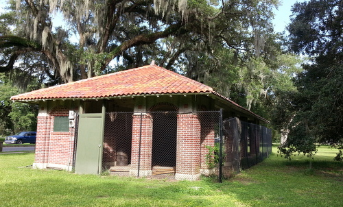 Shelter 13 near Magazine Street at Audubon Park is fenced in and unused. (Robert Morris, UptownMessenger.com)
